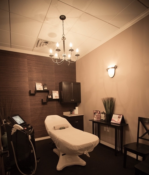 Elite Medical Skin and Laser Center Treatment Room